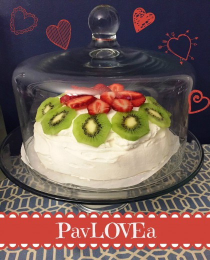 Pavlova Recipe: A light and dreamy dessert you'll fall in love with!